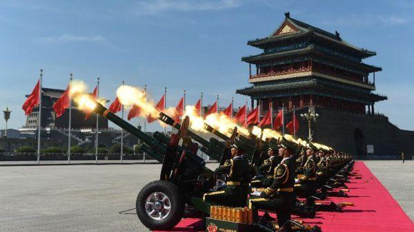 Gun salute-Xinhua