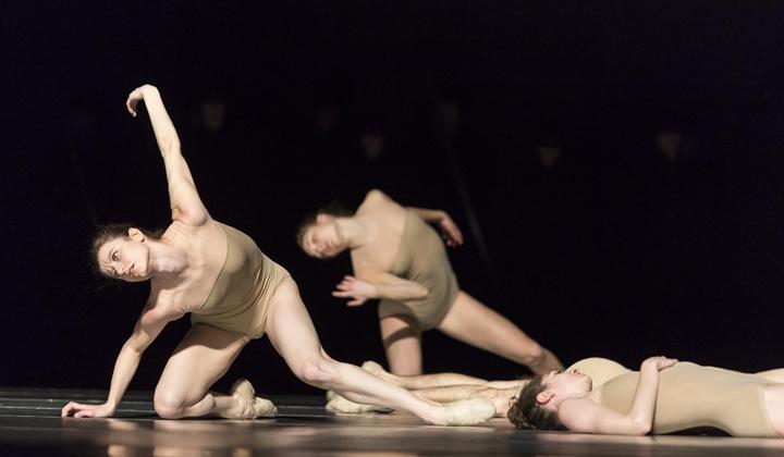 light design dance